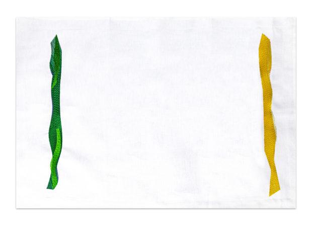 gouache-taie-rectangulaire-brodee-vert-jaune-france-marie-de-fels